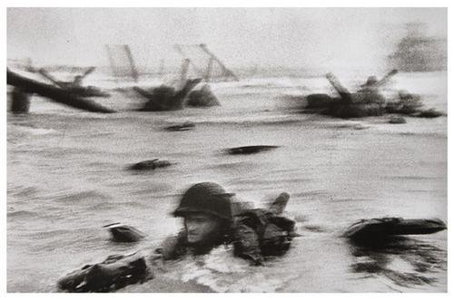125: Robert Capa (1913-1954) Omaha Beach, Normandy coas