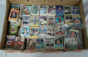 GRAB BOX WITH (2,000+) ASSTD. SPORTS CARDS,