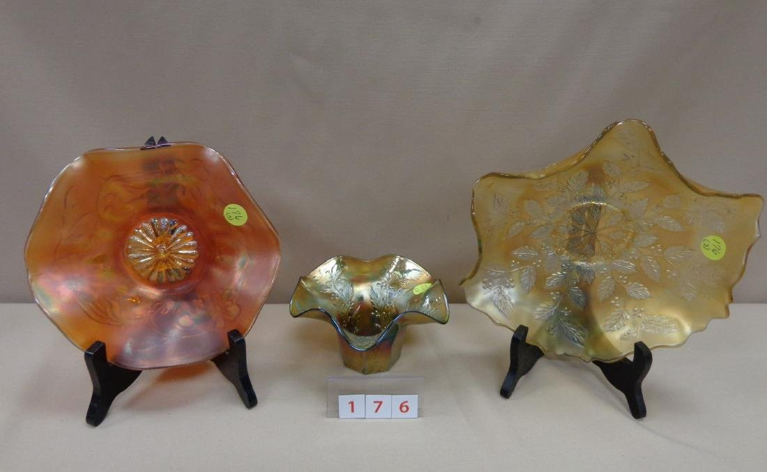 (3 PIECES) CARNIVAL GLASS: