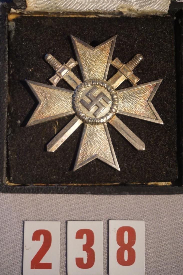 CASED WAR SERVICE CROSS 1ST CLASS BADGE,