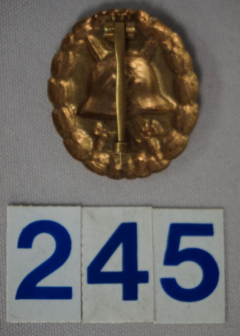 WW II GERMAN GOLD WOUND BADGE IN GOLD, - 2