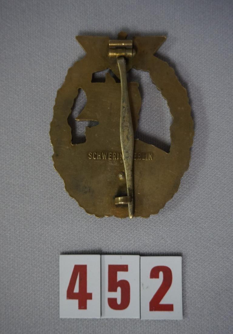 AUXILLARY CRUISER BADGE, - 2