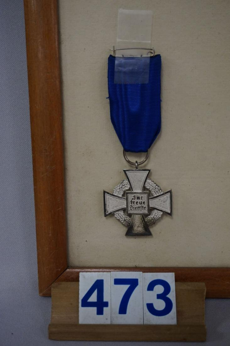 (6) MEDAL WITH CITATION OF DAF FOR 25 YEARS - 3