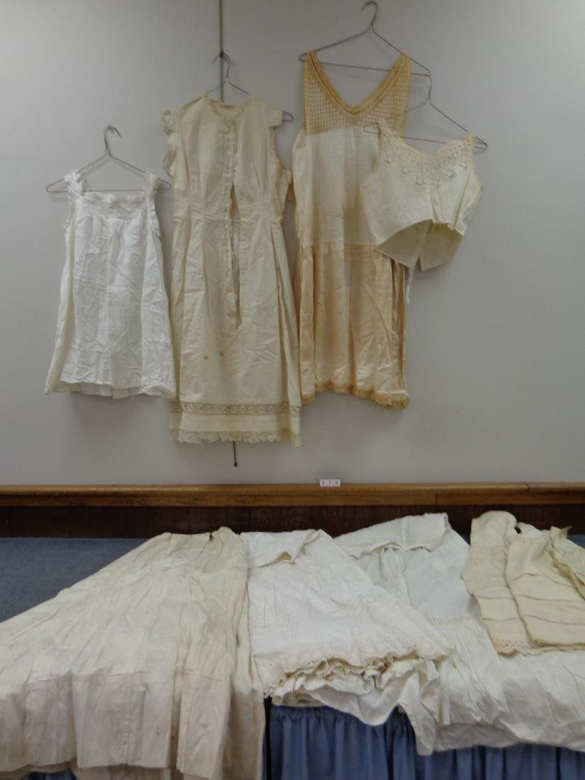 LOT OF LADIES VICTORIAN CLOTHING - 3
