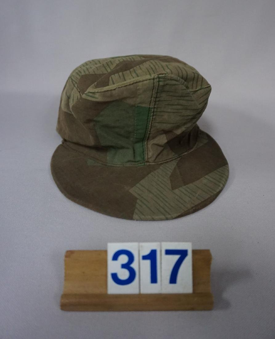 CAMOUFLAGE FIELD CAP IN ARMY