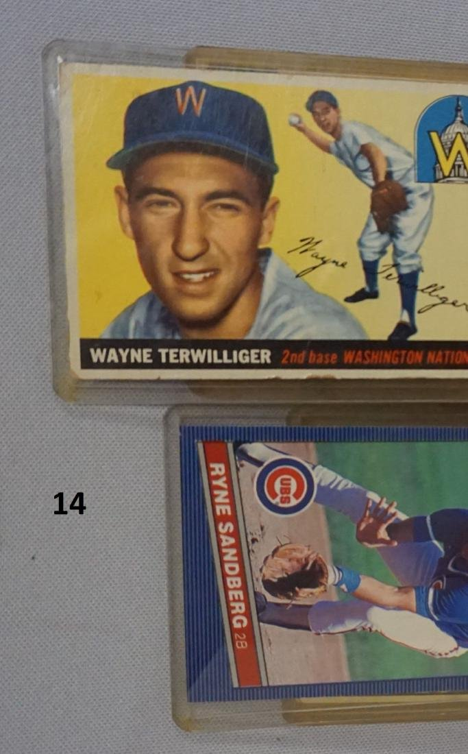 TWO-ROW BOX OF SPORTS CARDS - 4