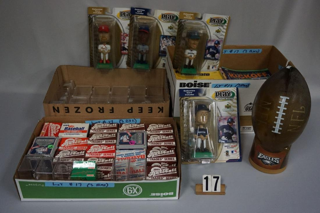 BOX WITH ASSORTED BASEBALL TRADED