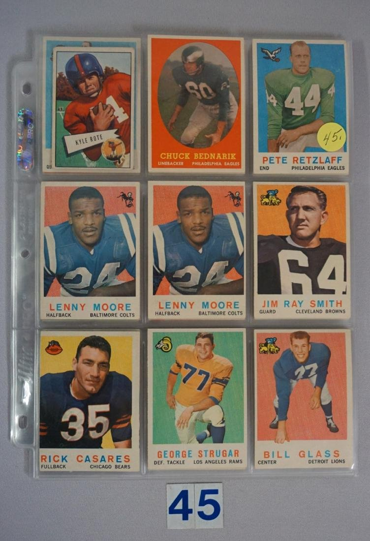 VINTAGE FOOTBALL CARD LOT: