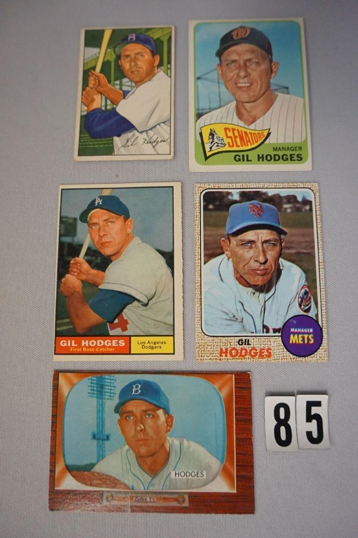 5 Gil Hodges Baseball Cards