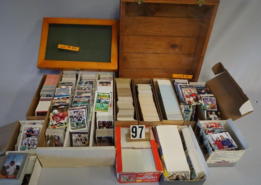 LARGE LOT: INCLUDES CARDS, SHOWCASES -