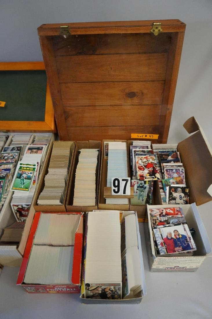 LARGE LOT: INCLUDES CARDS, SHOWCASES - - 3