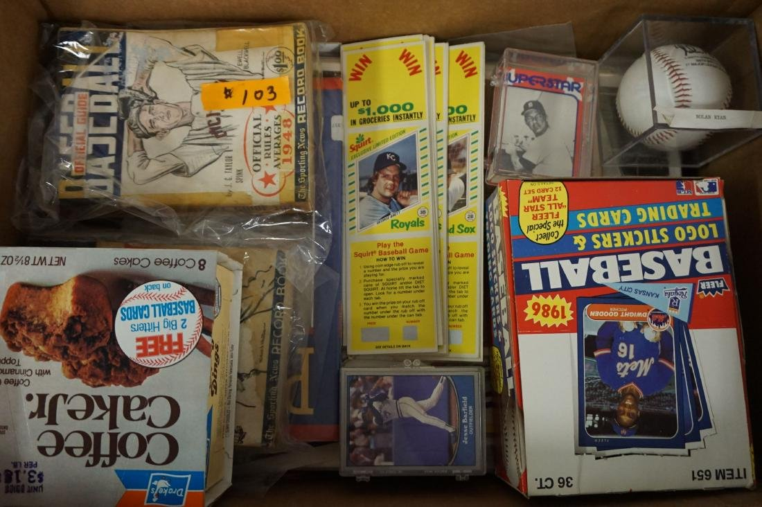 LARGE LOT OF 1980'S BASEBALL CARDS - 2
