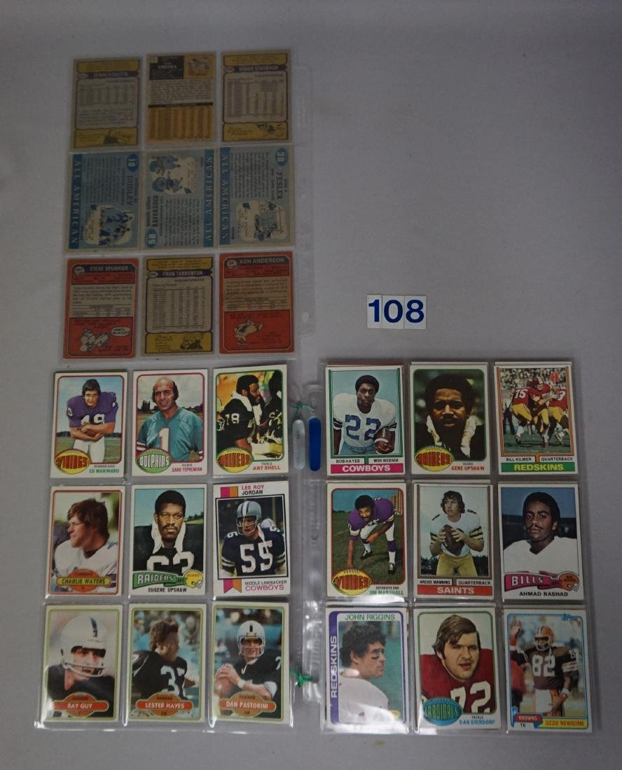 FOOTBALL CARD LOT: GROUP OF (101) 1970'S - 2