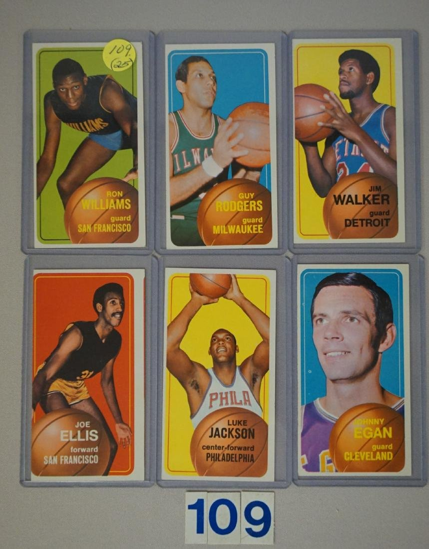 (25 DIFF.) 1970-71 TOPPS BASKETBALL CARDS