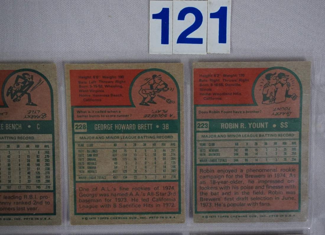 1975 TOPPS BASEBALL CARD SET - 9