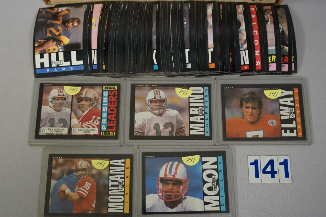 1985 TOPPS FOOTBALL CARD SET - 2