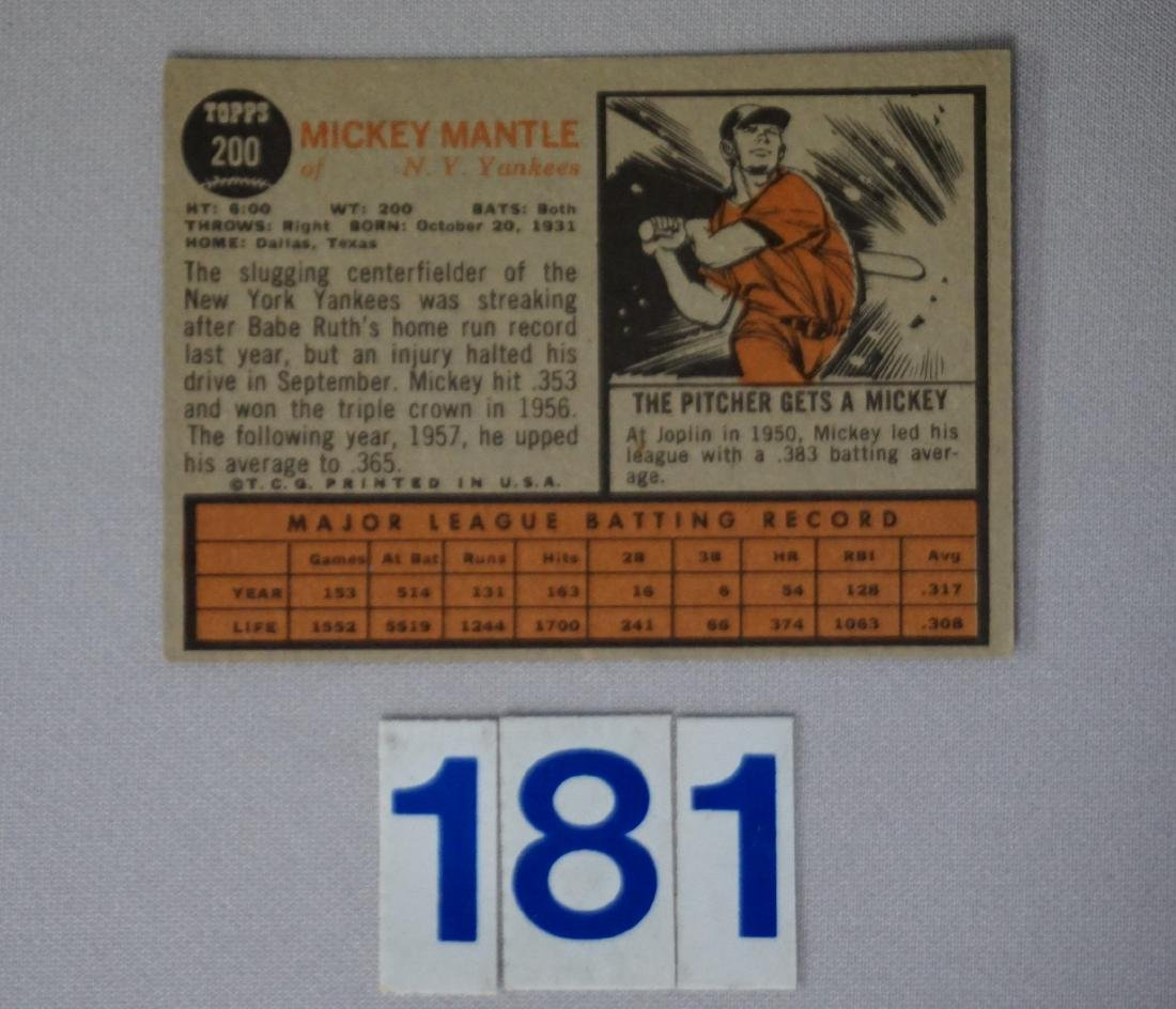 1962 TOPPS #200 MICKEY MANTLE - 2