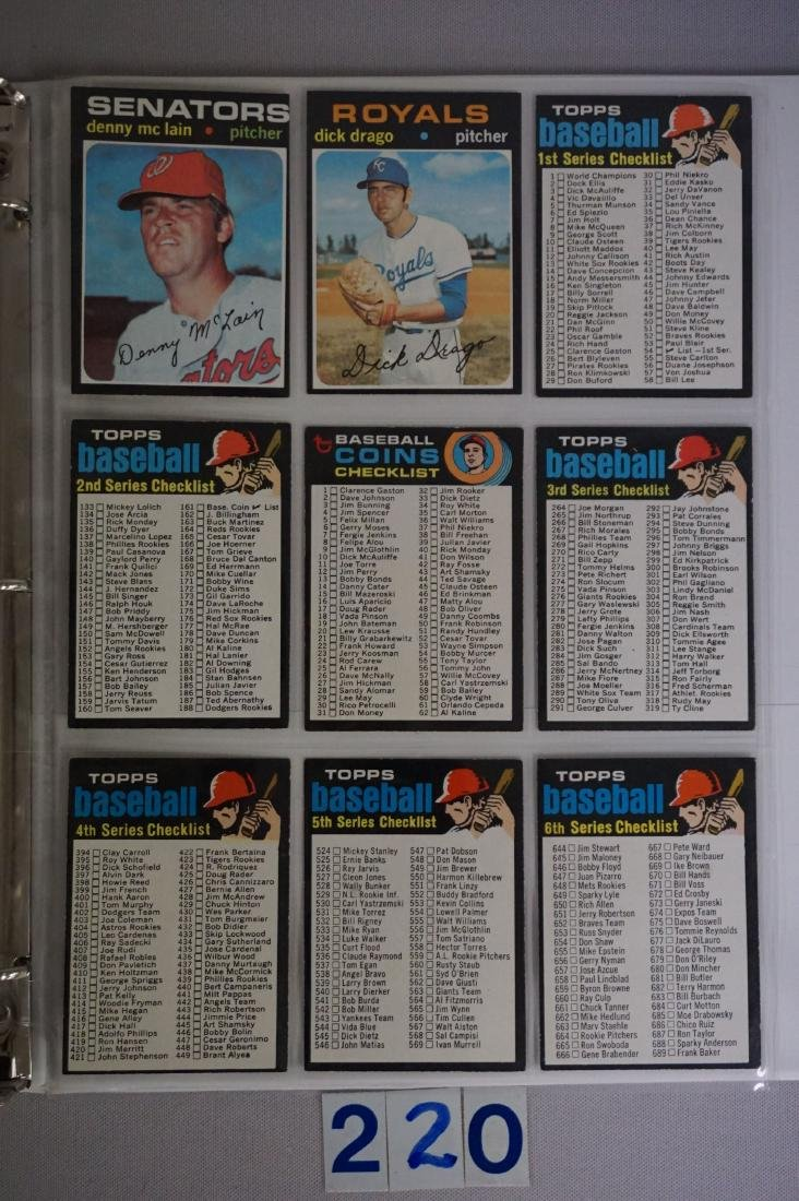 1971 TOPPS BASEBALL CARD SET IN BINDERS - 10