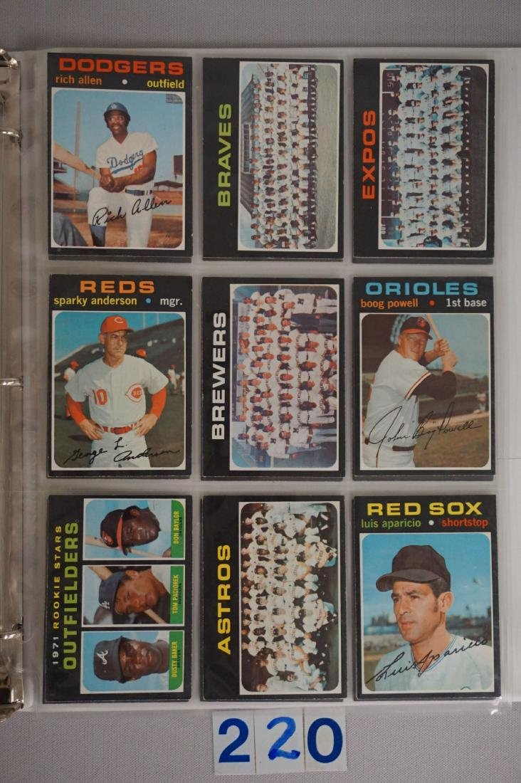1971 TOPPS BASEBALL CARD SET IN BINDERS - 9