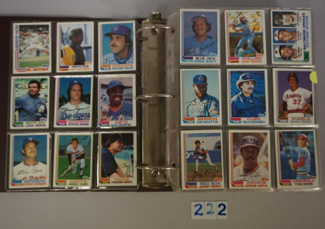 1981 & 1982 TOPPS BASEBALL CARD SETS - 4