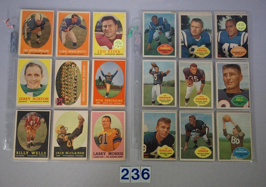 (27 DIFF.) 1958 TOPPS FOOTBALL CARDS