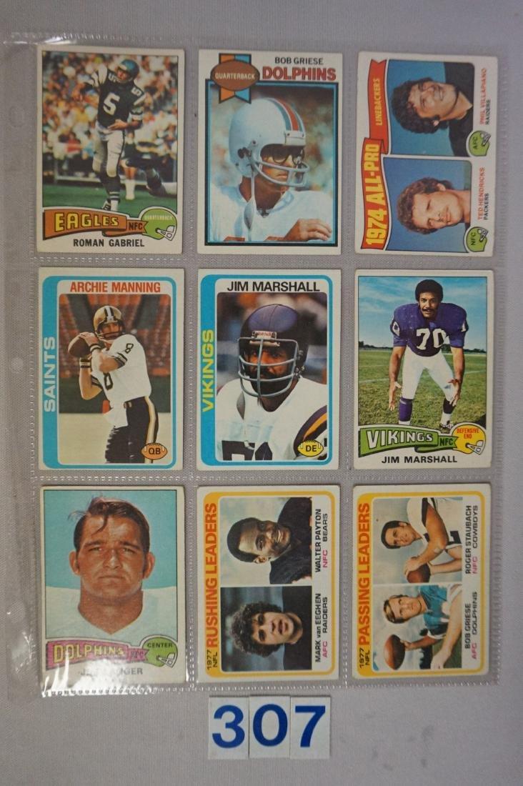 1970'S TOPPS FOOTBALL CARD LOT: - 3