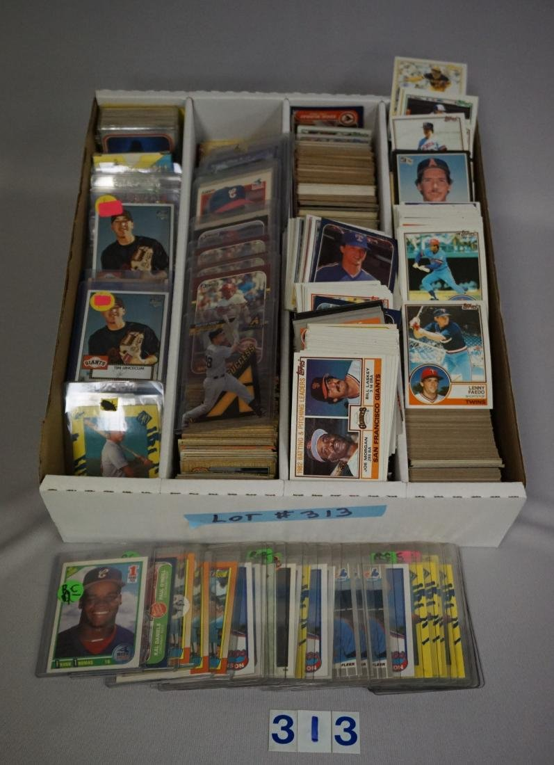 FOUR ROW BOX OF MOSTLY BASEBALL CARDS