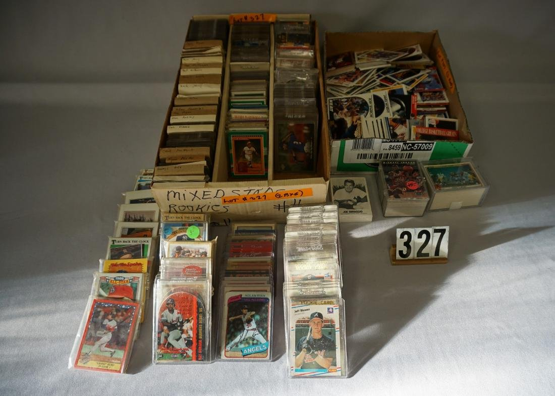 THREE ROW BOX OF BASEBALL CARDS