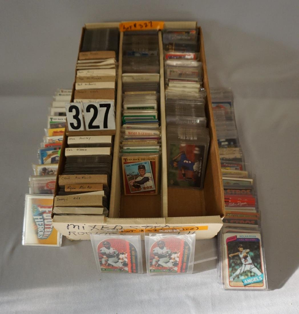 THREE ROW BOX OF BASEBALL CARDS - 3