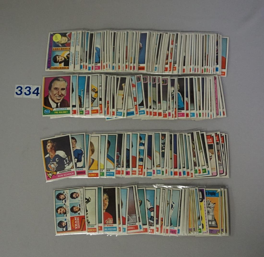 (184 DIFF.) 1974-'75 TOPPS HOCKEY CARDS