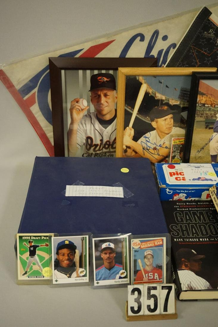 (2) BASEBALL GRAB BOXES: ROOKIE CARDS - 2