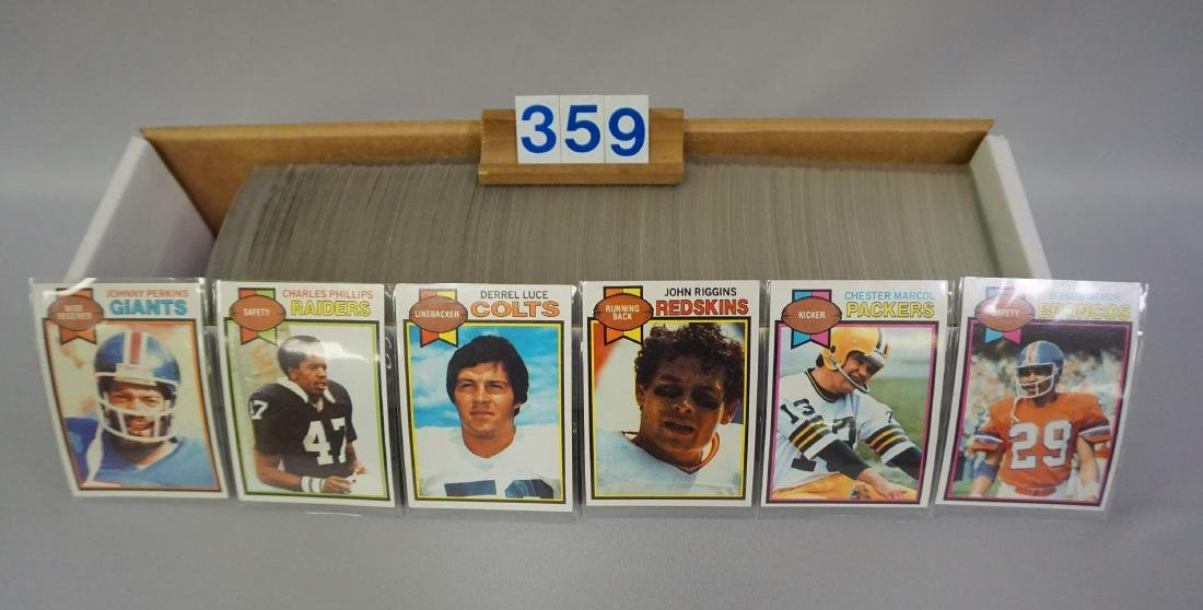 (APPROX. 500+/-) 1979 TOPPS FOOTBALL CARDS