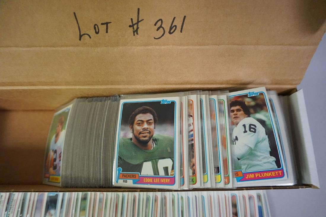 (540+) 1982 TOPPS FOOTBALL CARDS - 3
