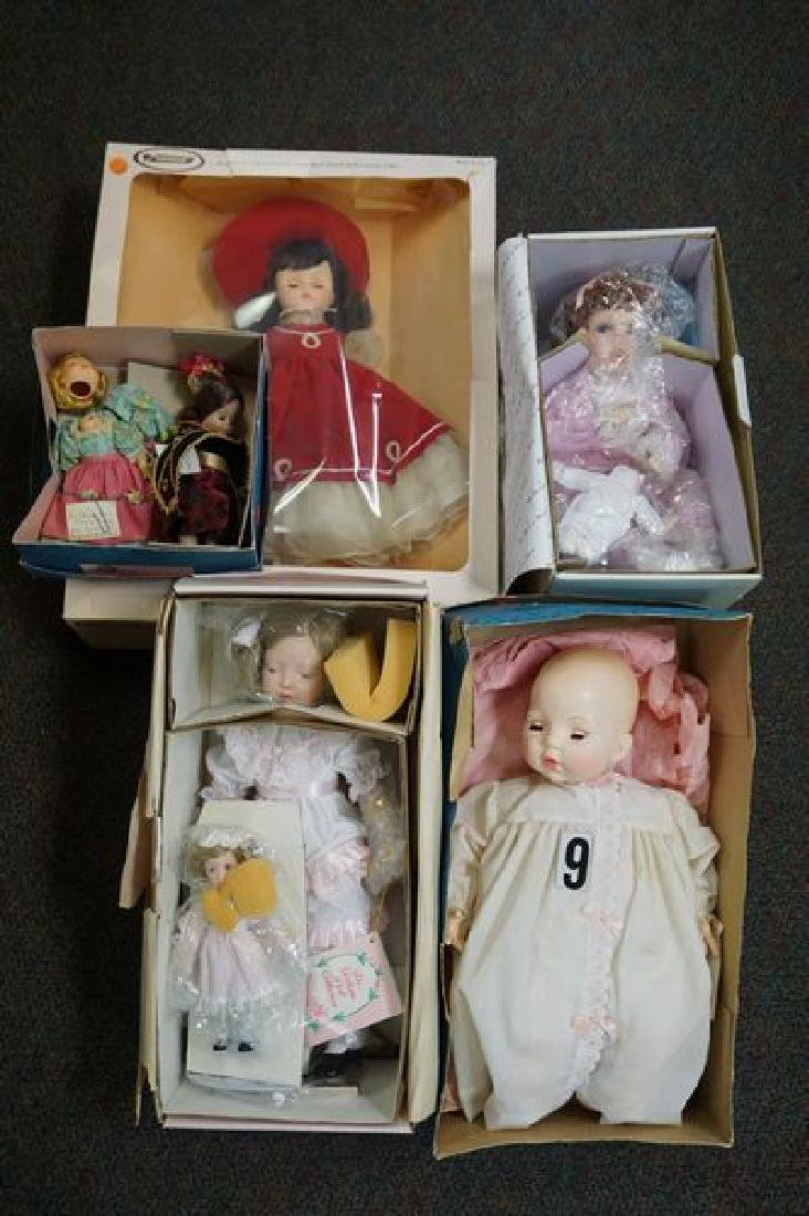 LOT: INCLUDES DOLLS WITH ORIG. BOXES: - 3