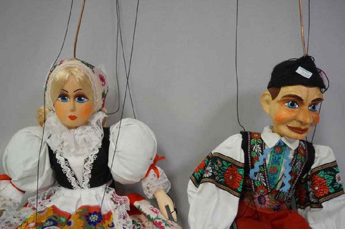 PAIR OF WOODEN MARIONETTES - 5