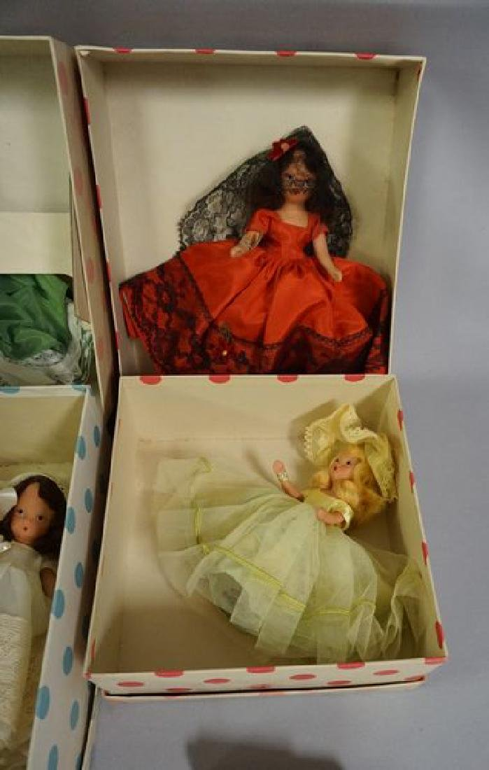 LOT OF NANCY ANN PAINTED BISQUE STORY - 2
