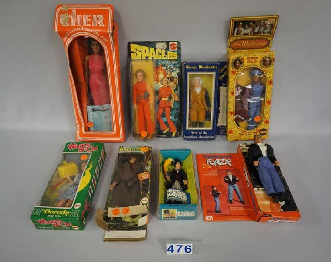 (8 PIECES) 1960'S & 1970'S COLLECTIBLE DOLLS