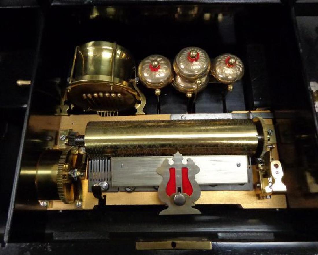 ANTIQUE VICTORIAN CYLINDER MUSIC BOX - 4