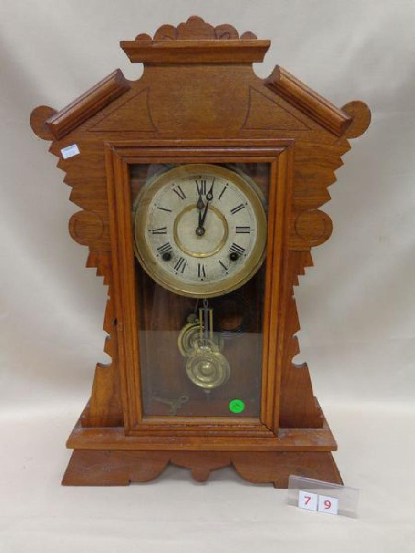 ANTIQUE OAK EASTLAKE DESIGN MANTLE CLOCK,