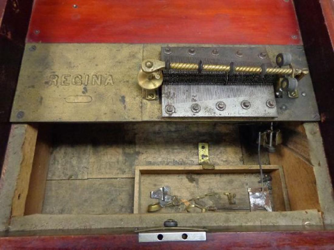 ANTIQUE REGINA COIN OPERATED MUSIC BOX - 4