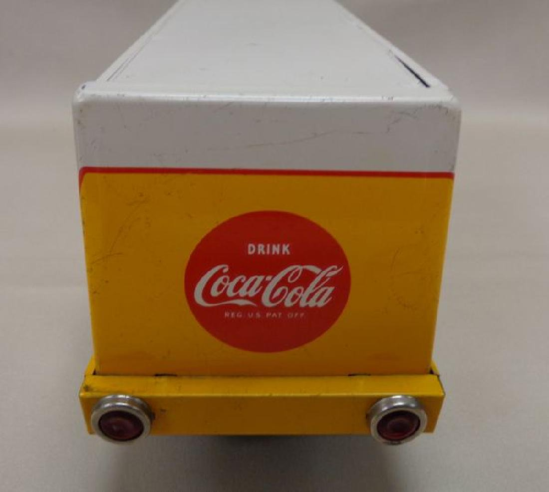 VINTAGE YELLOW & WHITE BATTERY OPERATED - 5