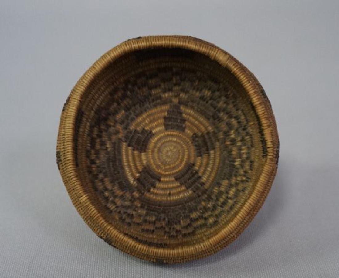VINTAGE SOUTHWEST INDIAN BASKET, - 3