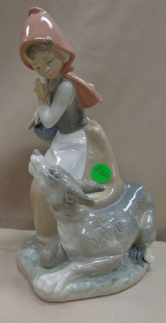 LLADRO #4965 RED RIDING HOOD