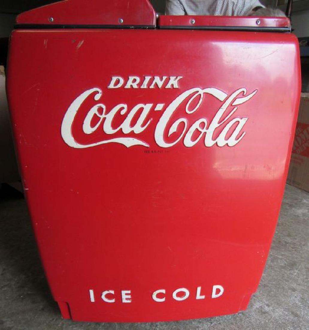 COCA-COLA CIRCA 1950'S COOLER - 3