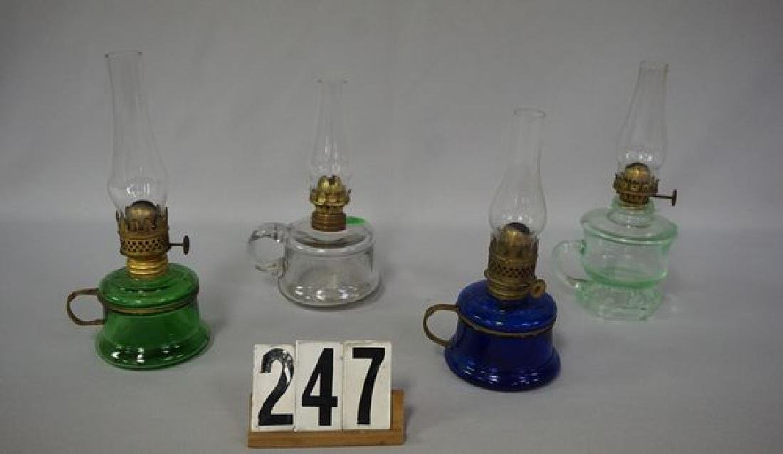 (4 PIECES) MINIATURE KEROSENE LAMPS: - 2