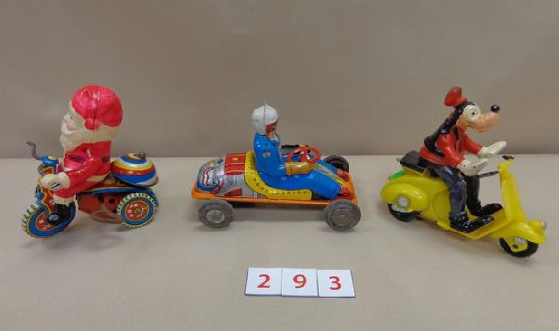 TIN RACE CAR & DRIVER FRICTION CAR - 2