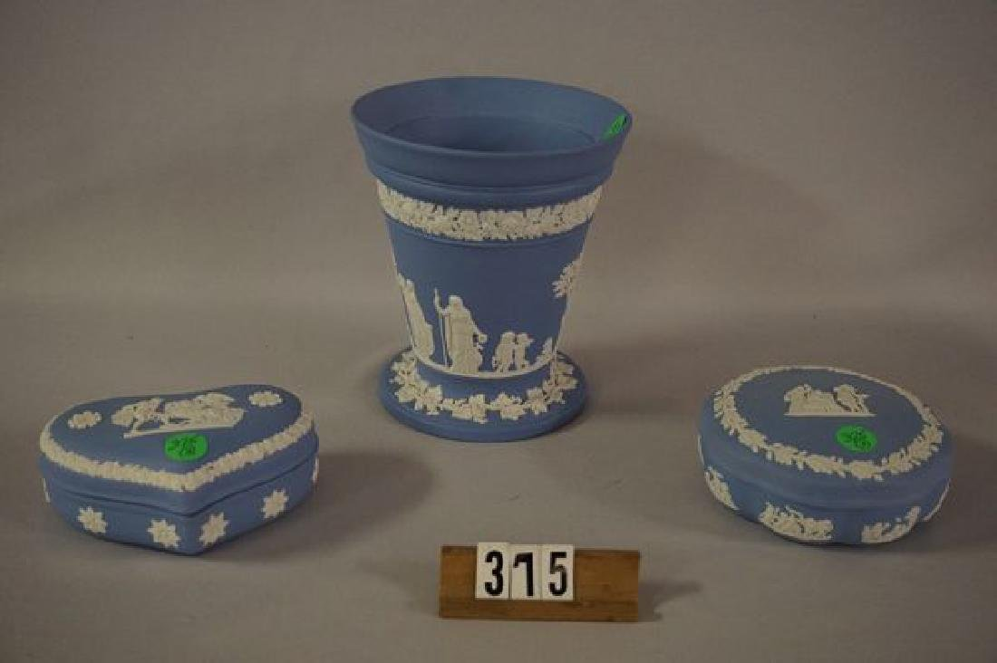 (3 PIECES) WEDGWOOD: