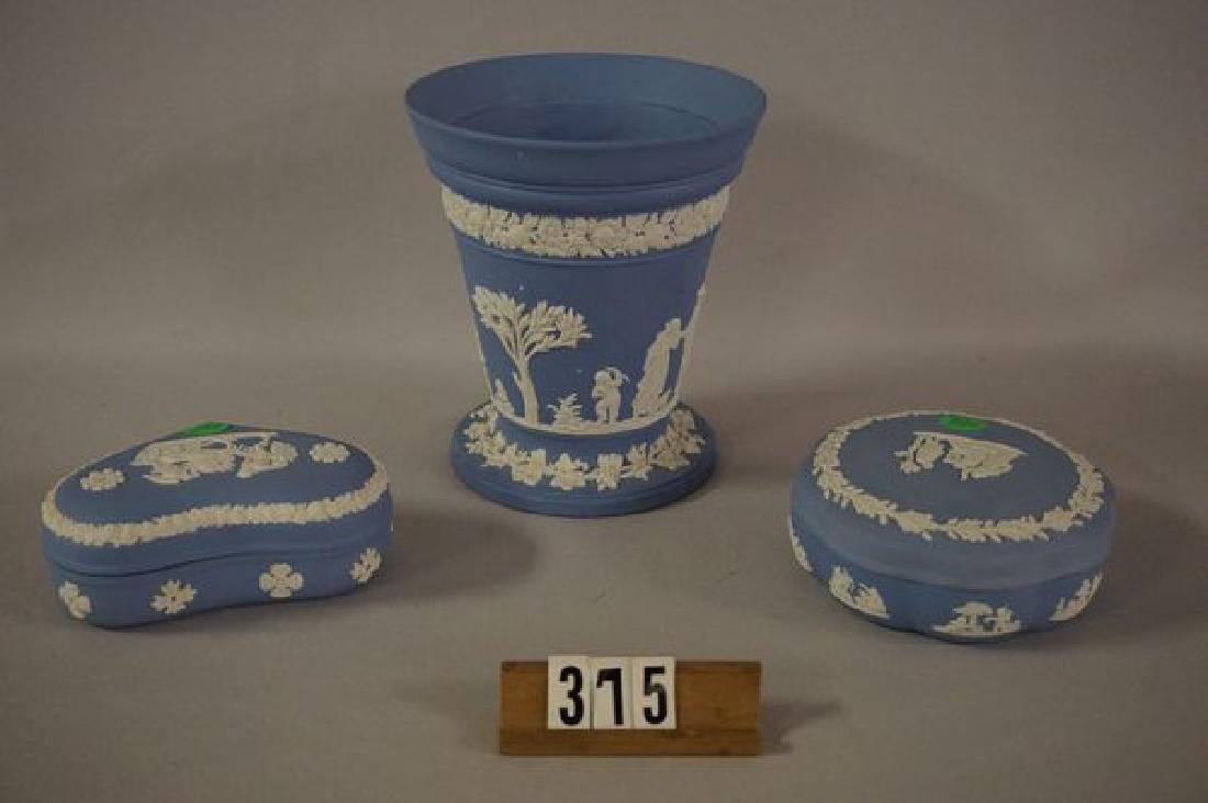 (3 PIECES) WEDGWOOD: - 2