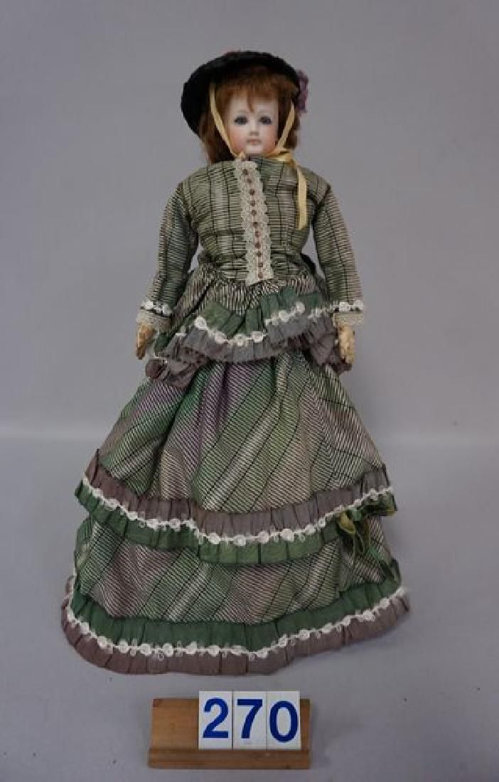 UNMARKED 14 INCH FRENCH FASHION DOLL