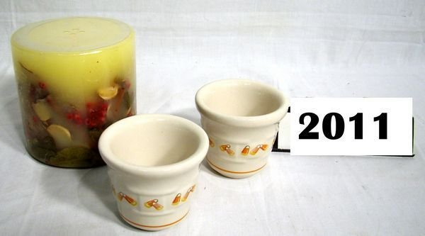 2011: Longaberger: INCLUSION CANDLE W/BOX AND (2) CANDY